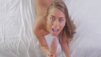 Teen Fucking On Bed
